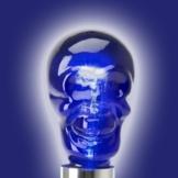 totenkopf glühbirne blau